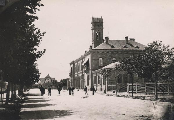 Bahnhof um 1870