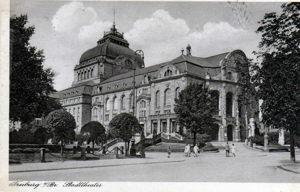Theater_Freiburg_1920er_1