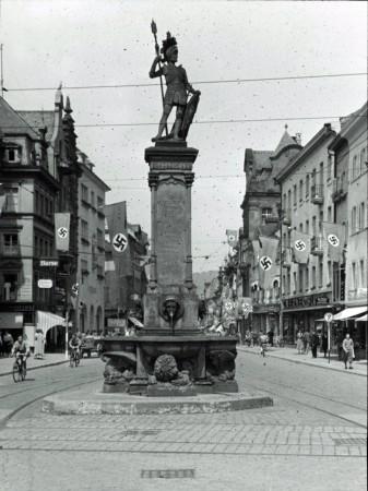 Bertoldsbrunnen Freiburg 1937