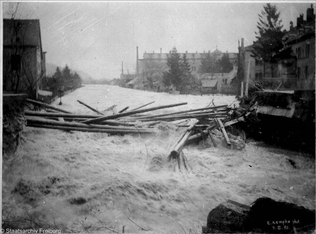 Zerstörte Schwabentorbrücke_1896