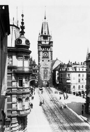 Martinstor Freiburg mit Reichsadler