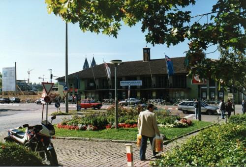 Bahnhof_1990
