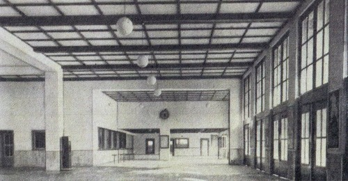 Hauptbahnhof  Freiburg 1949 innen