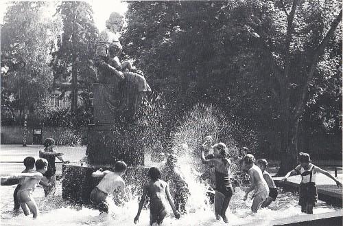 Mutterbrunnen Maria Hilf um 1950