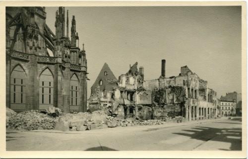 Die Herrenstraße Freiburg nach dem Fliegerangriff 1944