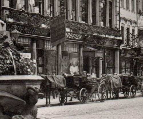 Kaiserstraße mit Bertholdsbrunnen und Martinstor 1913 (Repro)-004