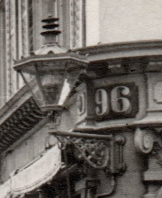 Kaiserstraße mit Bertholdsbrunnen und Martinstor 1913 (Repro)-008
