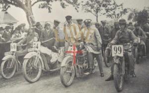 Startaufstellung der großen Motorräder zum Feldbergrennen 1924.