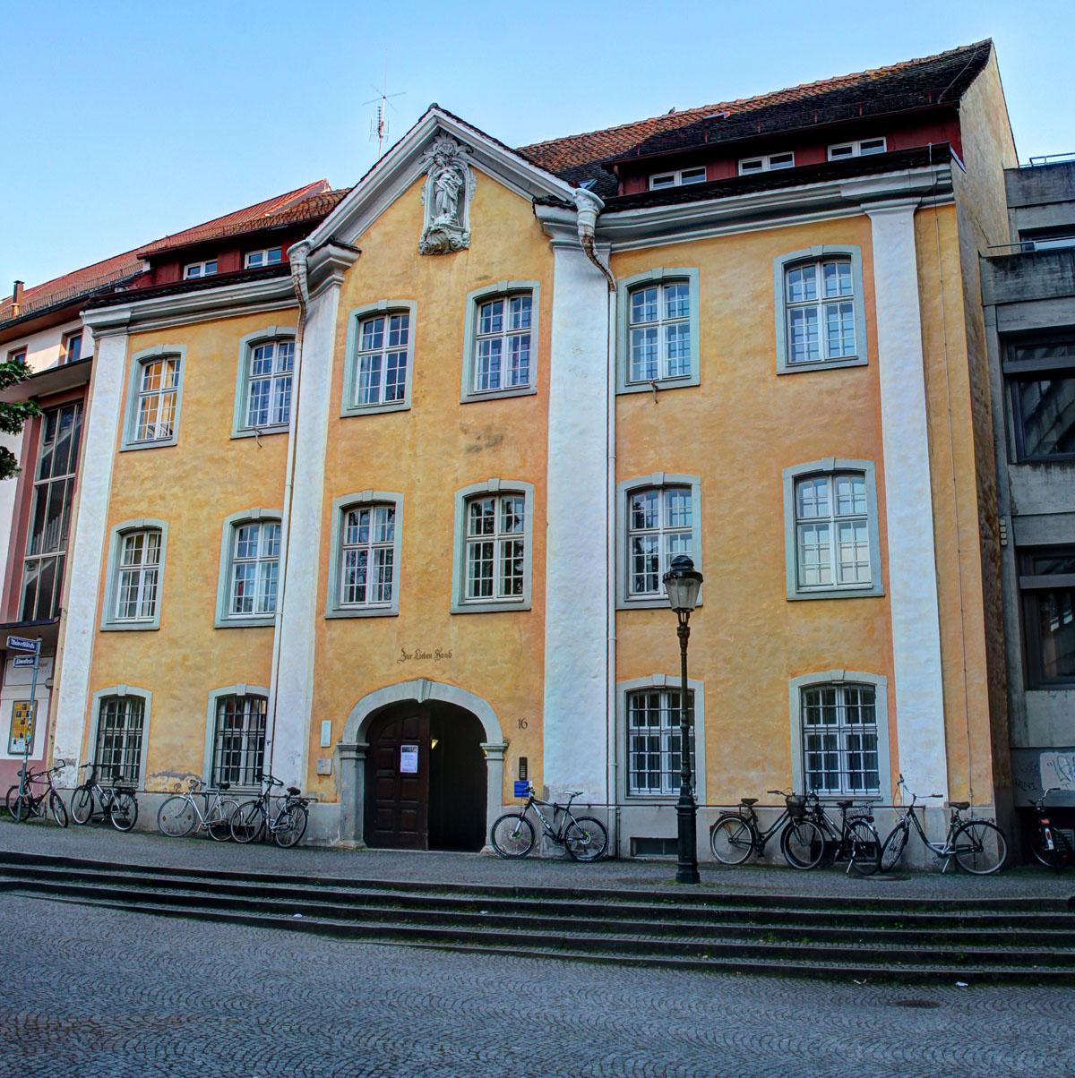 Haus_zur_lieben_Hand_Freiburg