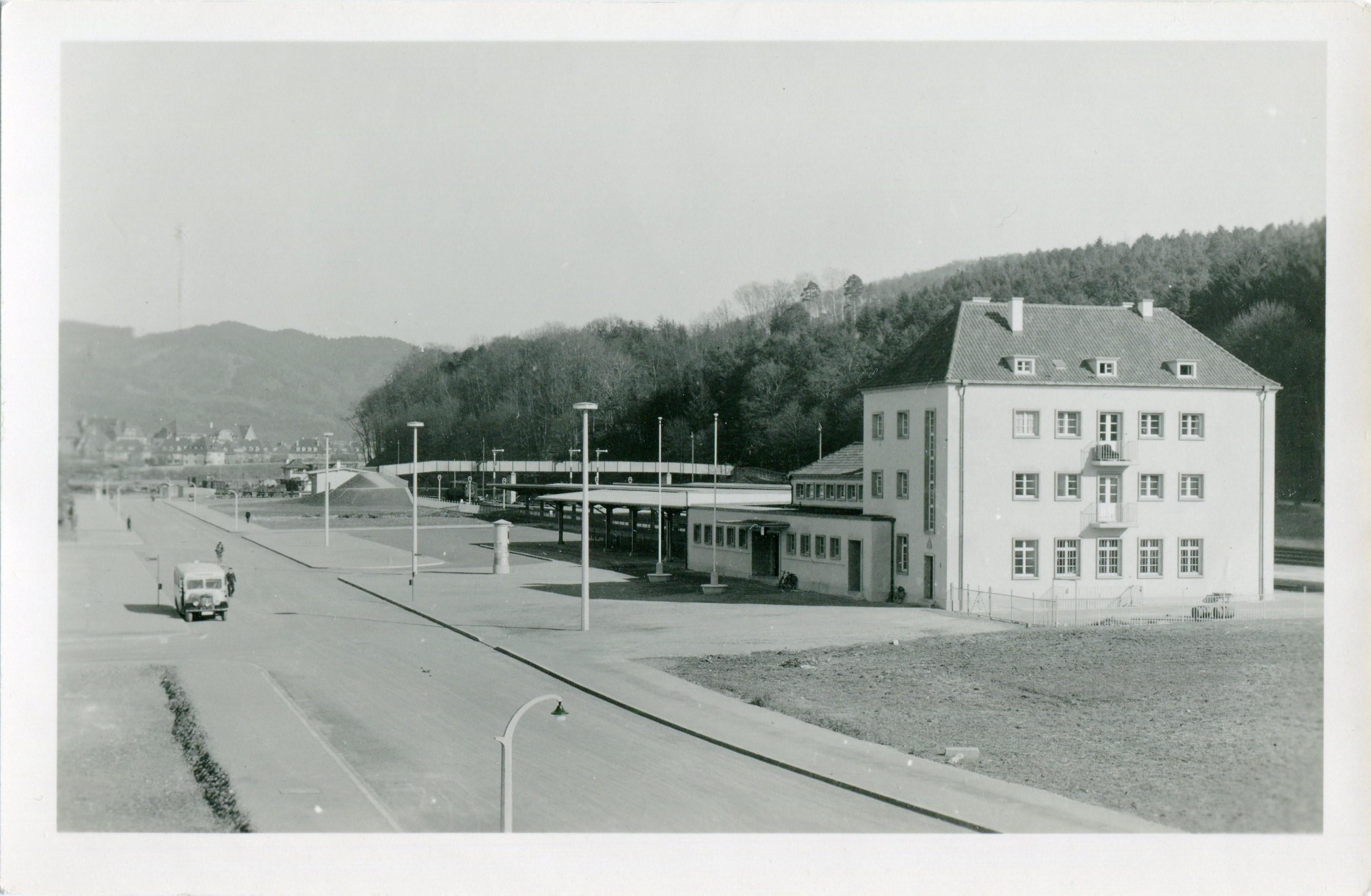 Bahnhof Freiburg-Wiehre